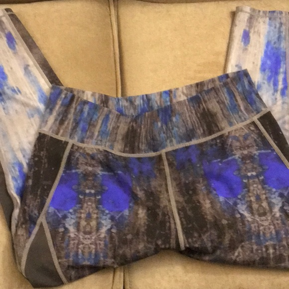 Elie Tahari Pants - Yoga pants